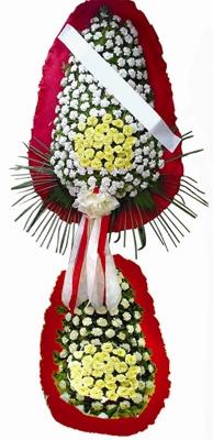 Beyaz ve sarı karanfillerden oluşan ikili Düğün Açılış çiçeği h=220x110