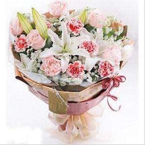 Pembe çiçekler ve lilym buket
