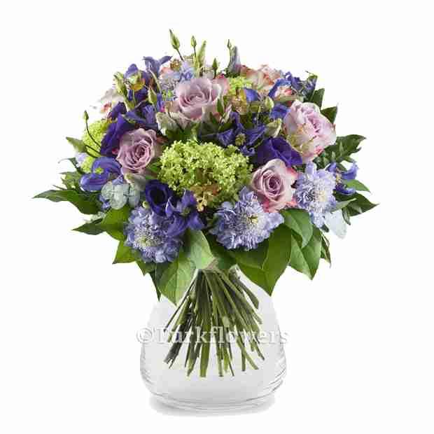 Lila Rengi Güller Mevsim çiçekleri