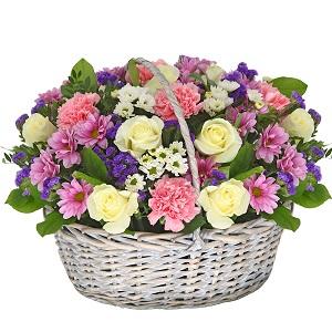 Renkli çiçek sepeti