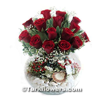 sevgiliye çiçek15 adet kırmızı gül