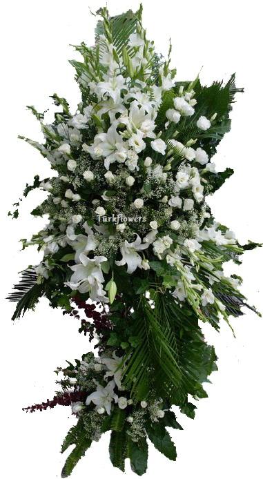 Beyaz çiçeklerden oluşan ferforje düğün - açılış - kokteyl çiçeği