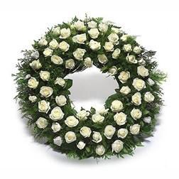 Beyaz çiçeklerden oluşan Cenaze - Taziye Çiçeği