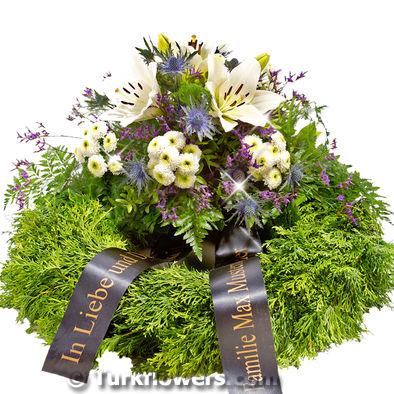 Lilyumlardan oluşan Cenaze Taziye Çiçeği  ∅ 55 cm