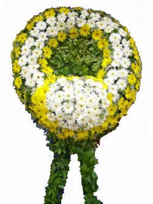 Beyaz ve sarı  cenaze çiçeği