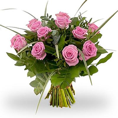 12 adet pembe renkli güller den oluşan buket