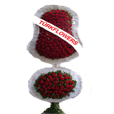 Kirmizi Karanfillerden oluşan Açılış Düğün Çiçeği