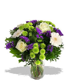 Renkli çiçeklerden oluşan buket