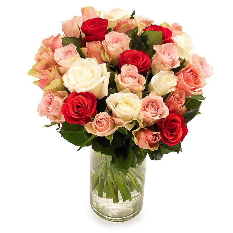 6 Adet beyaz gül 4 adet kırmızı gül ve 4 adet pembe renkli güller den oluşan aranjman