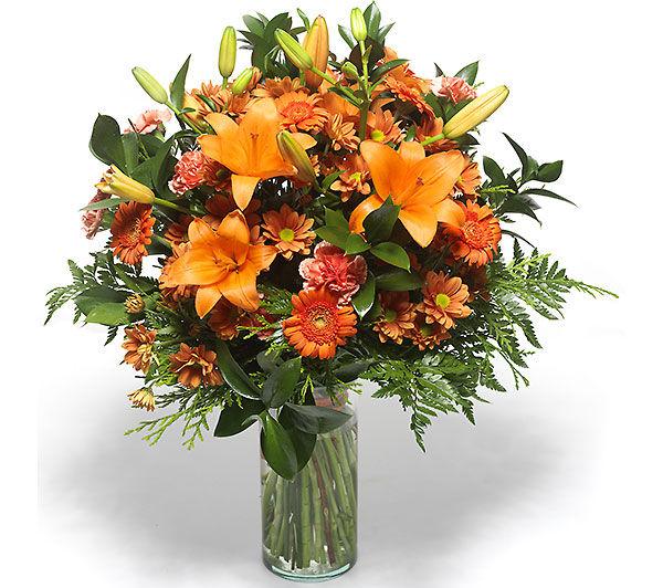 Turuncu Renkli çiçeklerden buket