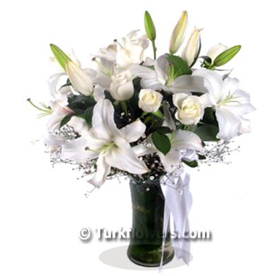 Lilyum ve Beyaz Güller